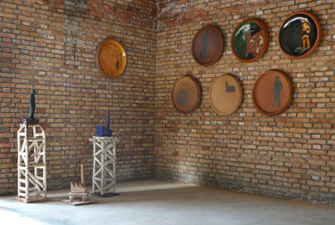 Installation 'for the Chairman' at Fule International Ceramic Art Museum (FLICAM) Fuping, Shaanxi, China, 2008
