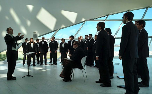 uwm choir milwaukee art mueseum