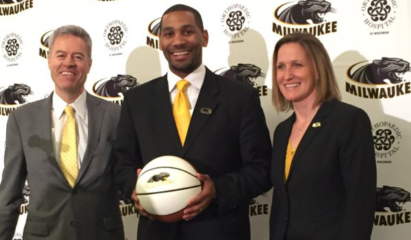 Chancellor Mone with new men's basketball coach LaVall Jordan