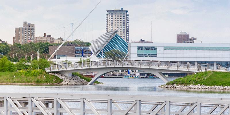 Milwaukee lakefront with bridge