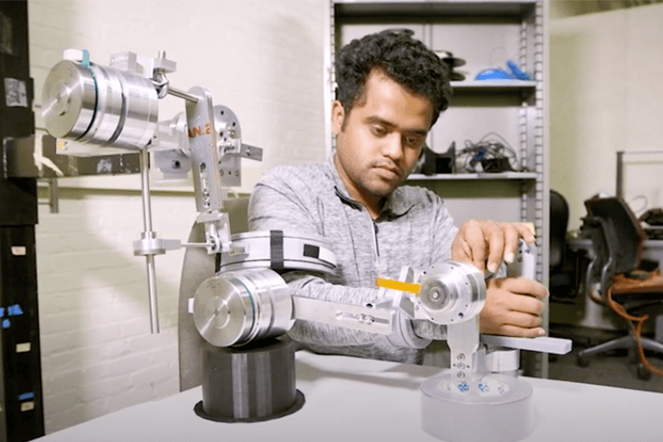 Demonstration of robotic arm in biomedical engineering lab