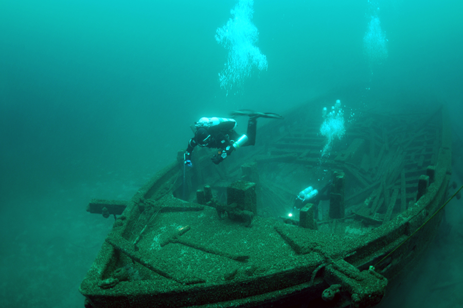 Underwater Archaeological Investigation Of The Christmas Tree Ship