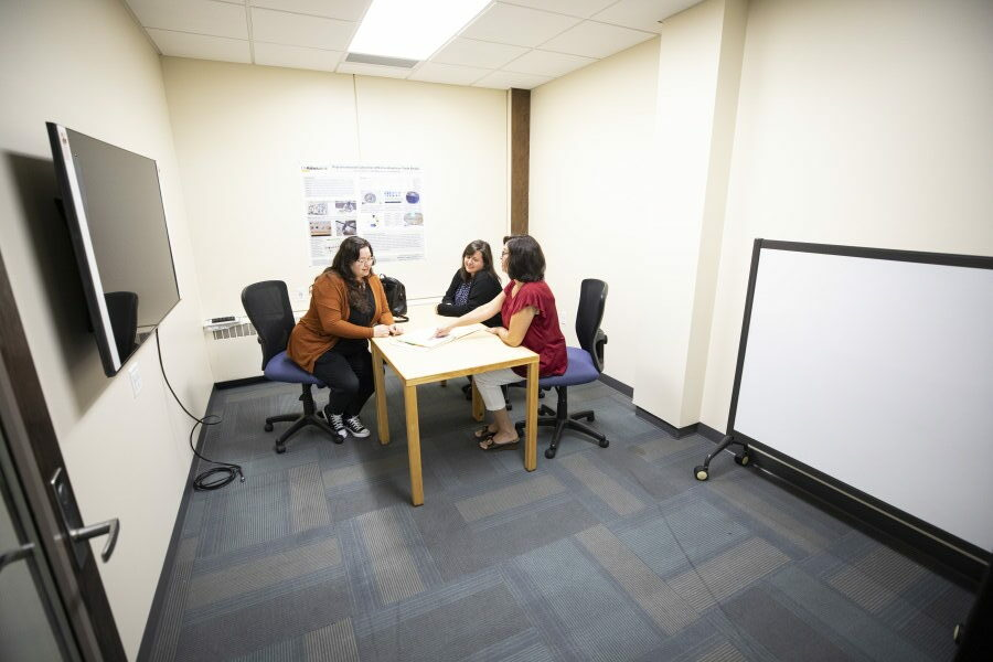 photos of group study room