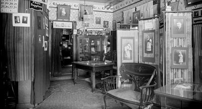 Interior view of Park Studio, 1919 kw002717