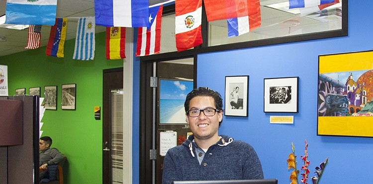 Spanish-language space builds community, skills