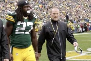UWM alum Michael McCrea is one of two clinical neuropsychologists who attend every Green Bay Packers game to assess head injuries among players.
