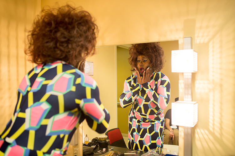 Lady J gets ready backstage before the 2016 UWM Drag Show starts. (UWM Photo/Elora Hennessey)