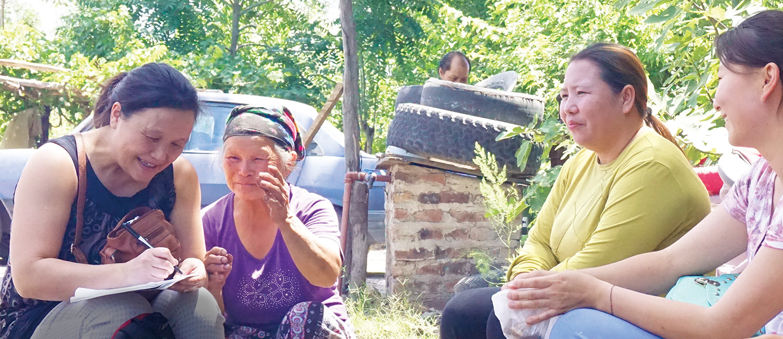 Chia Vang Interviewing locals in Lamarque, Argentina